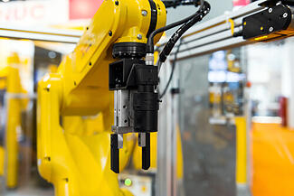Wrestling with End-of-Arm Tooling Decisions? Here are Five Critical Considerations