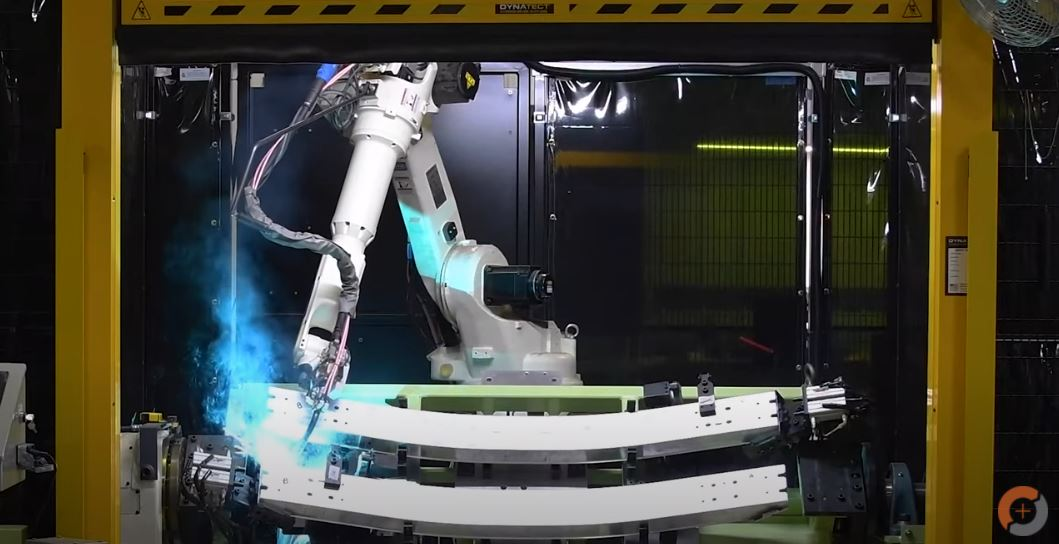 Single arm robotic welding cell